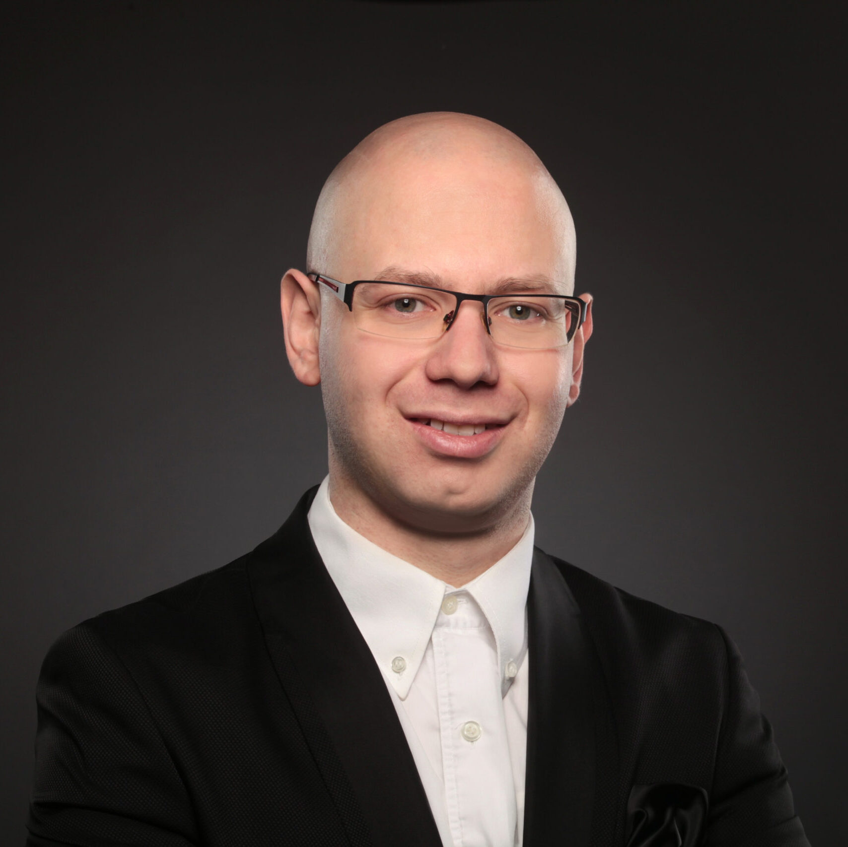 Vasil Topalov, Klavier